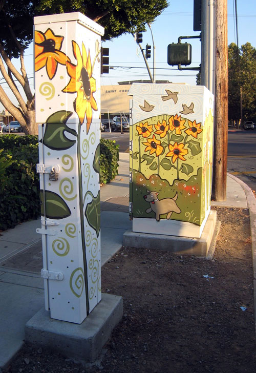 Jen Norton's painted electrical box, north side